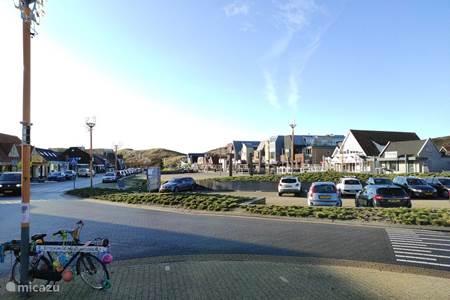 het gezellige dorpsplein van Callantsoog