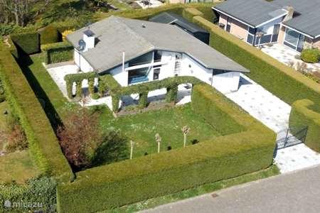 Vakantiehuis Nederland, Zeeland, Scharendijke bungalow  Grevelingenlaan 30