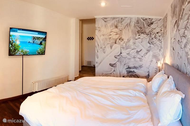Vakantiehuis Griekenland, Corfu, Gouvia Bed & Breakfast Priscilla's suite @ Elvis B&B