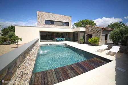 Vacation rental France, Aude, Ginestas villa Villa Lily