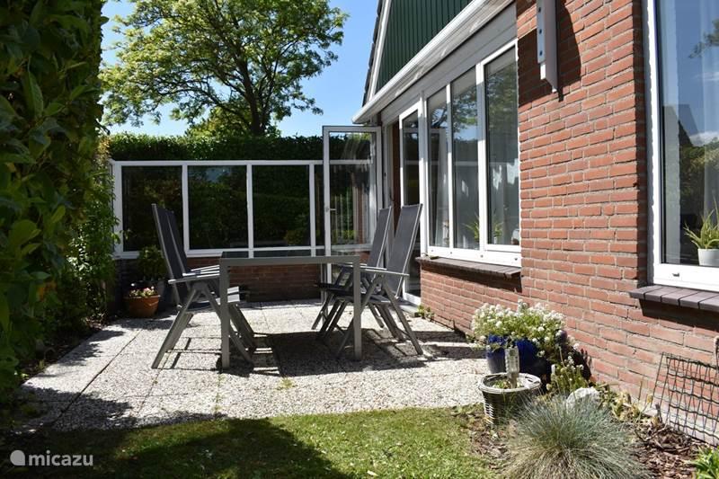 Vakantiehuis Nederland, Zeeland, Brouwershaven Bungalow Valklaan 14