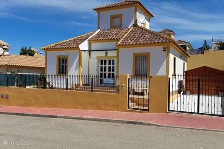 Vacation rental Spain – villa Casa Castise