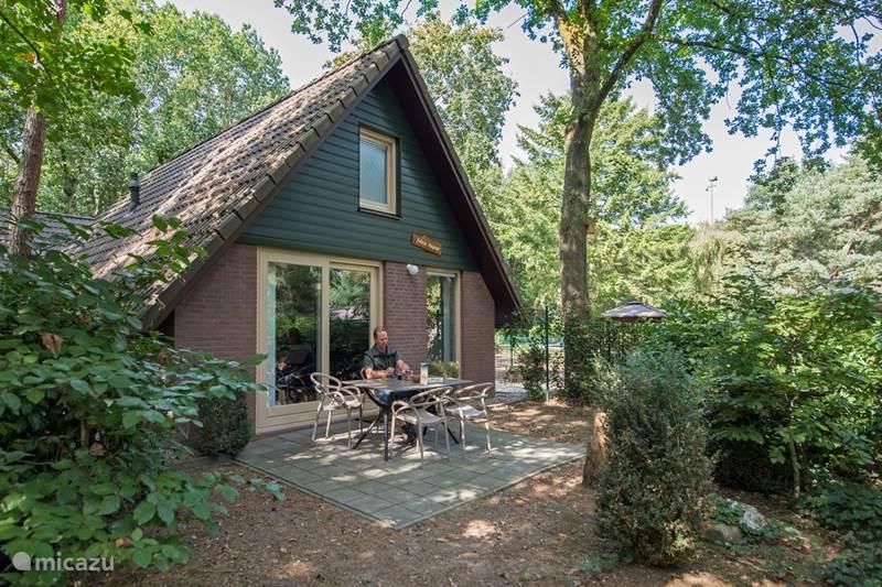 Vakantiehuis Nederland, Noord-Brabant, Heesch Bungalow Java Pauw