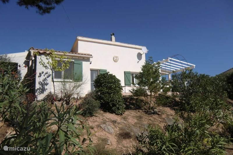 Vacation rental France, Aude, Pouzols-Minervois Villa Villa Au Point d'Arrêt