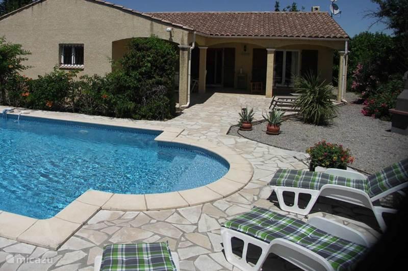 Vacation rental France, Aude, Ginestas Villa Villa Le Pin Parasol