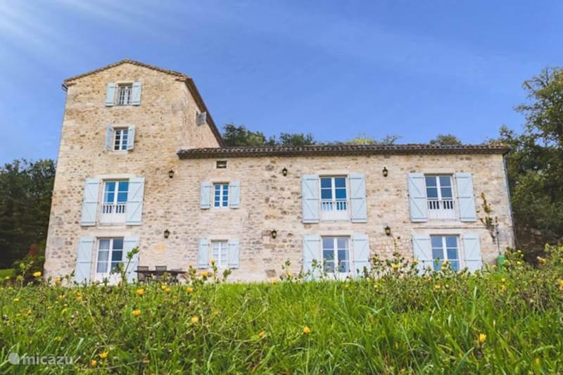 Vakantiehuis Frankrijk, Tarn-et-Garonne, Sauveterre Landhuis / Kasteel Domaine de Sébirol