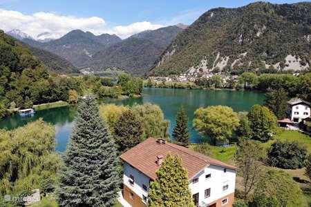Vacation rental Slovenia – apartment Vila Labod, apartment Idrijca