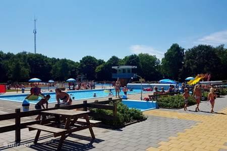 Openluchtzwembad de Dobbe