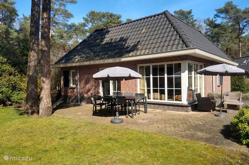 Vakantiehuis Nederland, Gelderland, Beekbergen Villa Onze Bosvilla