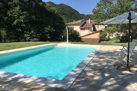 Vakantiehuis Italië, Marche, Fabriano vakantiehuis Casa dei Nonni