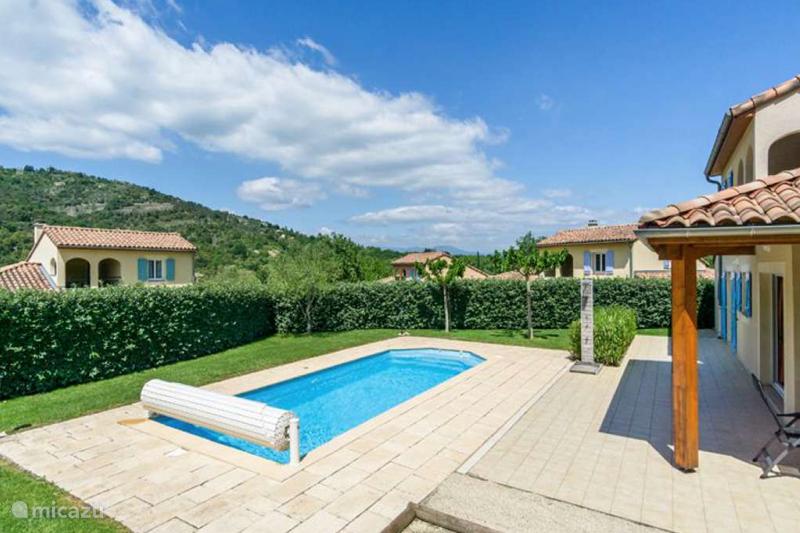 Vacation rental France, Ardèche, Vallon-Pont-d'Arc Villa Villa Vivre