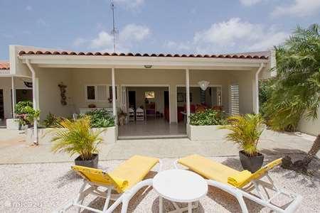 Vacation rental Curaçao, Banda Ariba (East), Jan Sofat bungalow Aqualife resort # 177