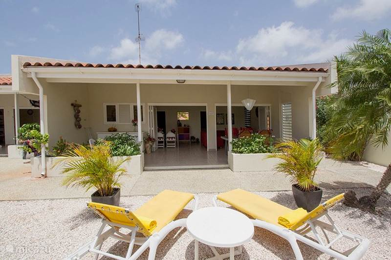 Vacation rental Curaçao, Banda Ariba (East), Jan Sofat Bungalow Aqualife resort # 177