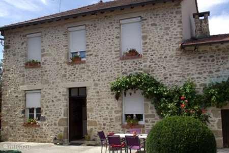 Vakantiehuis Frankrijk, Allier, Sainte-Thérence bed & breakfast Masterbedroom Sainte Therence