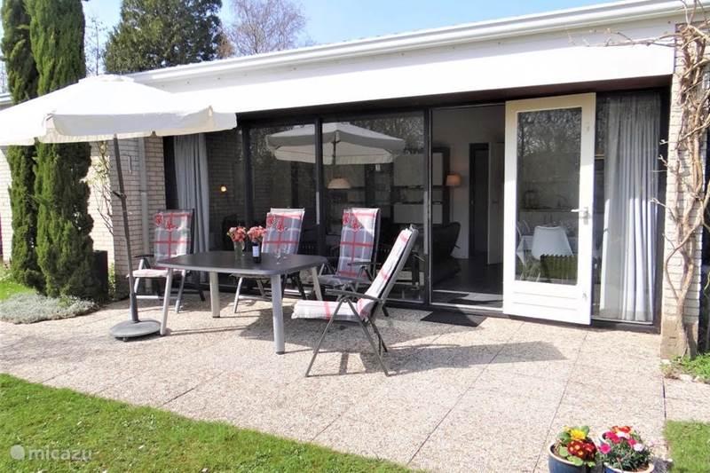 Vakantiehuis Nederland, Zeeland, Kamperland Vakantiehuis Ruiterplaat bungalow met privacy
