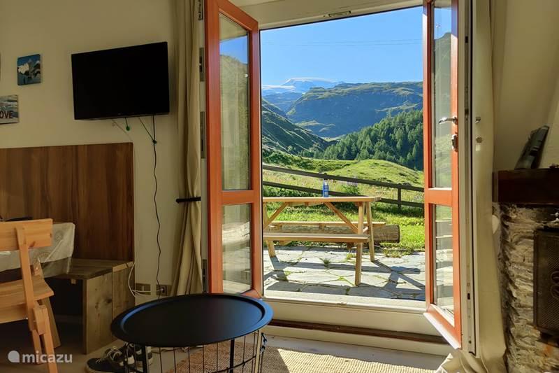 Vakantiehuis Italië, Piëmont, Cervinia Appartement Skichalet Bassi ski in ski out