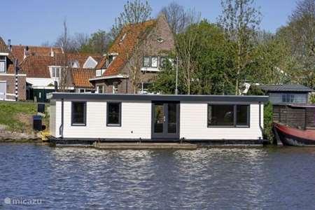 Vakantiehuis Nederland, Noord-Holland, Edam camper / jacht / woonboot Non me quitte pas