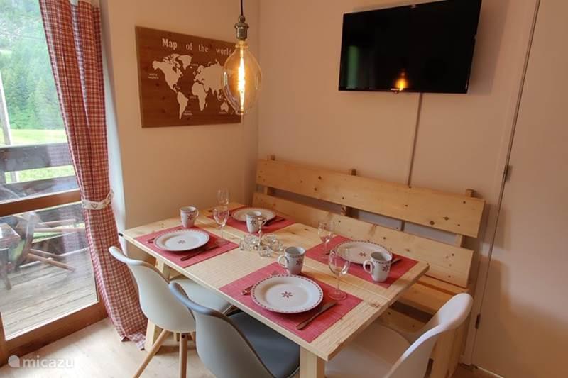 Vakantiehuis Italië, Piëmont, Cervinia Appartement Skichalet Cervinia appartement Sanny