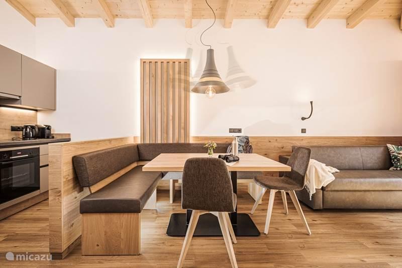 Vacation rental Austria, Tyrol, Mayrhofen Apartment Mo's Appartment 1