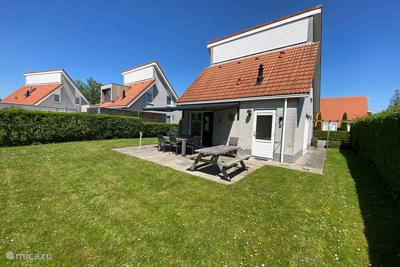 Vakantiehuis Nederland, Zeeland, Scharendijke Vakantiehuis Vrijstaande Strandvilla, Familiepark