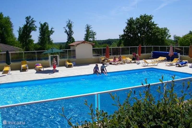 Vacation rental France, Charente, Écuras Holiday house Holiday home France Magnolia 174
