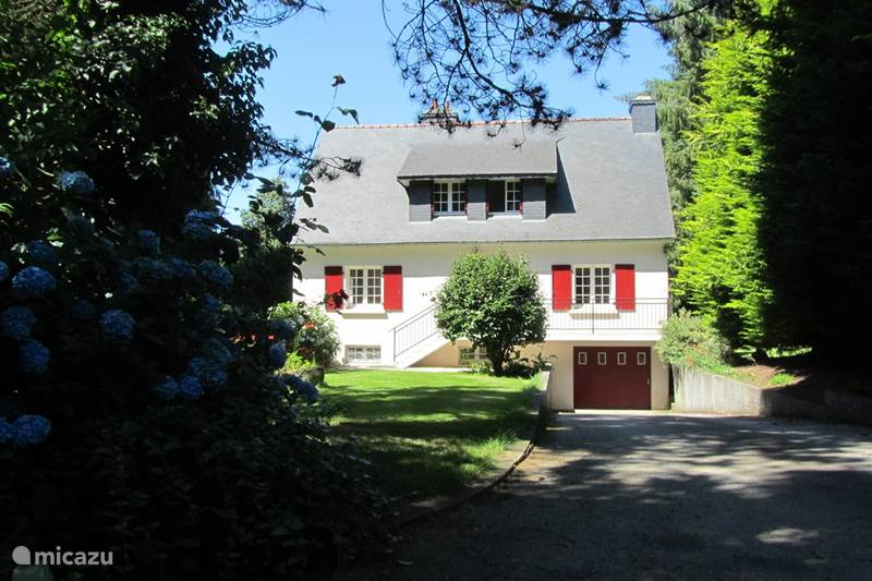 Vacation rental France, Brittany, Plouguernevel Holiday house Holiday home in the middle of nature