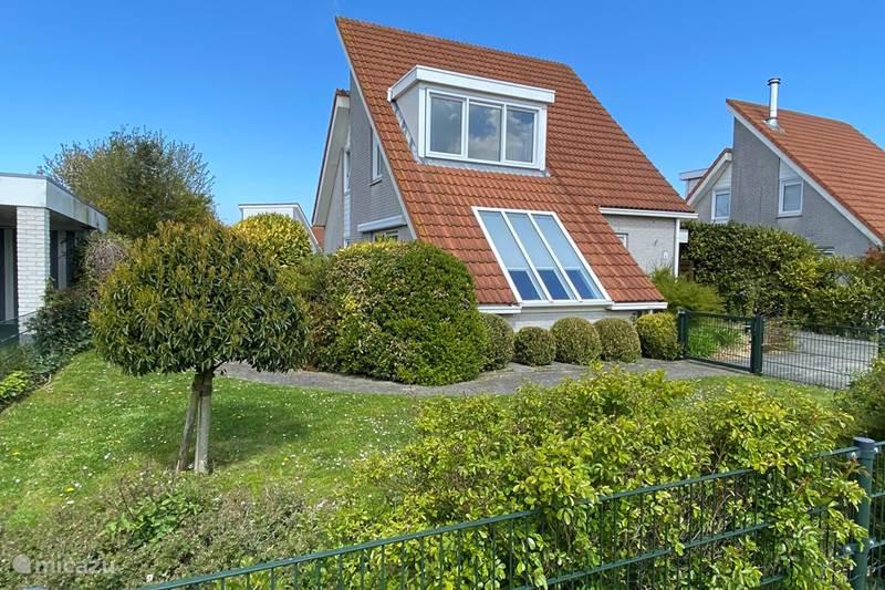 Vakantiehuis Nederland, Zeeland, Scharendijke Vakantiehuis Modern nieuw 6 persoons strandhuis