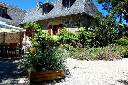 Vacation rental France, Corrèze, Perpezac-le-Blanc holiday house Les Fosses