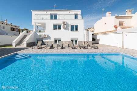 Vakantiehuis Spanje, Costa Blanca, Torrevieja villa 6 slk moderne villa 5 min van strand