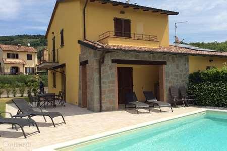Vakantiehuis Italië, Umbrië, Tuoro sul Trasimeno vakantiehuis Casa Stefania