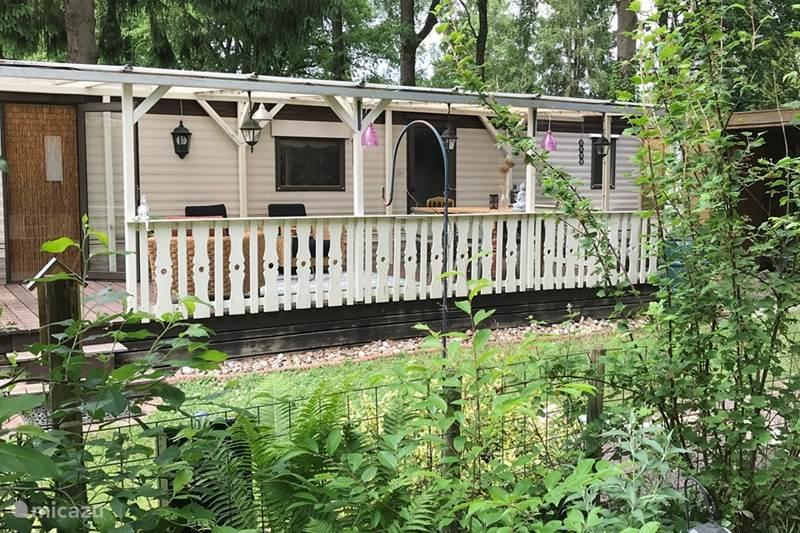 Vakantiehuis Nederland, Drenthe, Wateren Chalet Boetiek Chalet Kairos in het bos