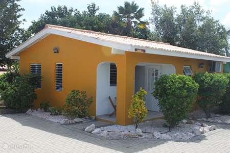 Vacation rental Curaçao, Curacao-Middle, Koraal Partier - bungalow Bungalow Prikichi