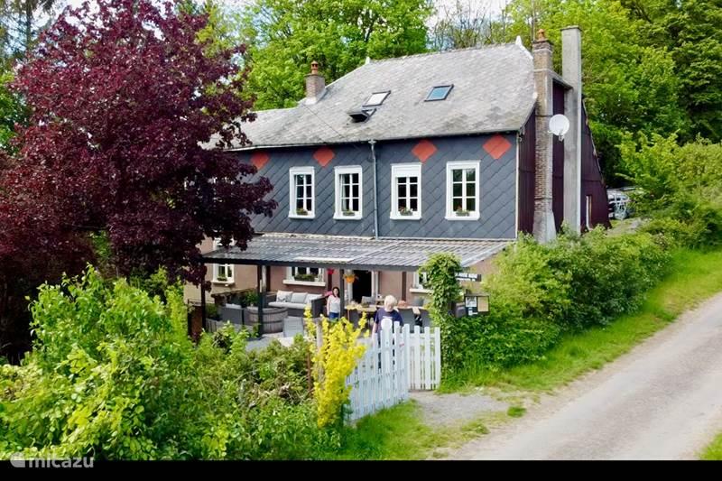 Vakantiehuis Frankrijk, Franse Ardennen, Signy-l'Abbaye Bed & Breakfast La Fosse Bleue chambre Écureuil