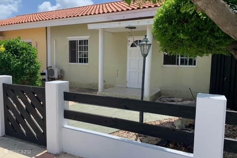 Vacation rental Aruba, Oranjestad, San Barbola Holiday house Villa Viggo