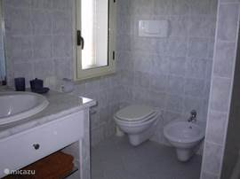 Bathroom right