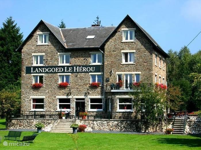 Vakantiehuis België, Ardennen, Nisramont-La Roche-en-Ardenne - landhuis / kasteel Ardennen Landgoed Le Herou ****