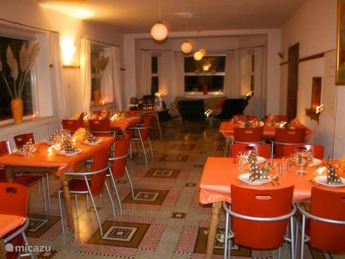 dine as you want! it can not be outside in the park or on one of the terraces than lovely inside in our spacious dining room which seats 60 guests and decorated exactly as you want separate tafes one big long table separate children's table complete freedom of choice.
