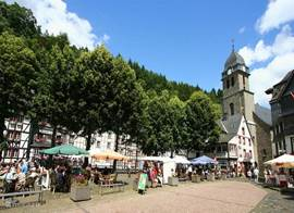The marketplace of Monschau at 50m Haus Mühlenberg