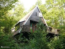 De bungalow aan de voorzijde
