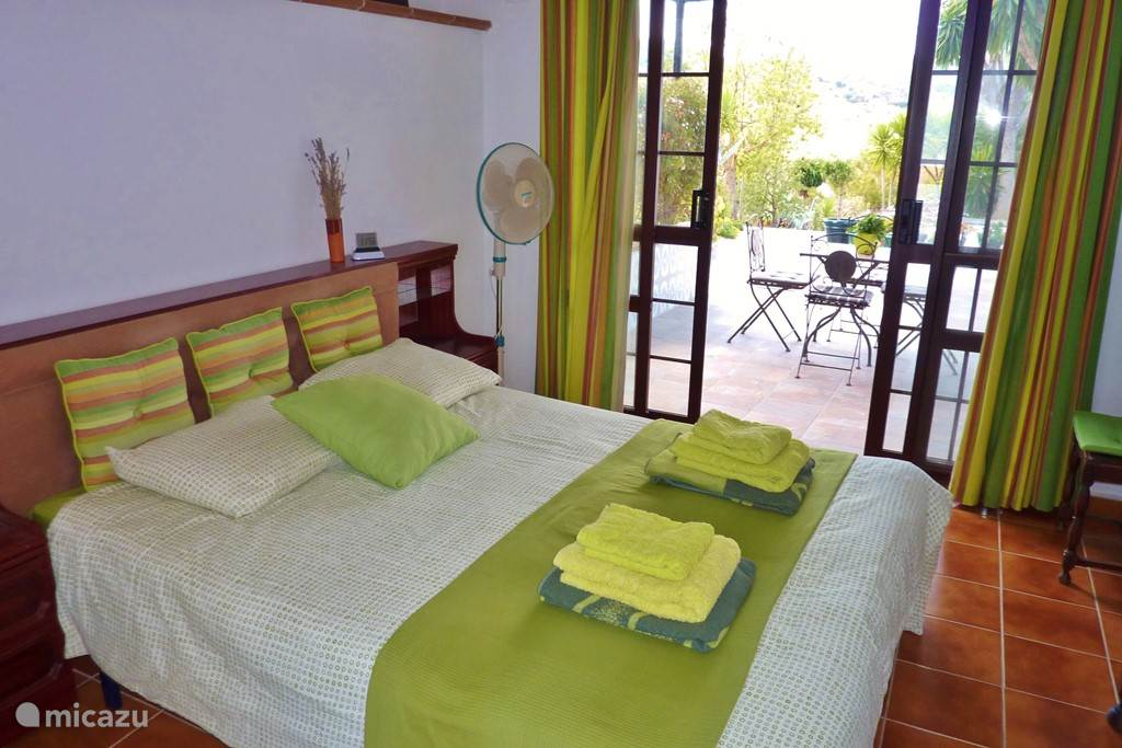slaapkamer 4: met toegang tot terras keuken