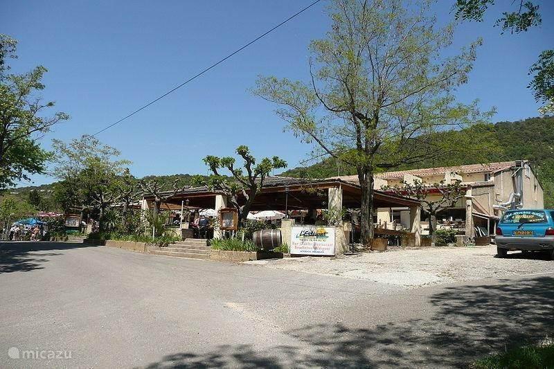 Leuke dorpjes in de omgeving: Sauze