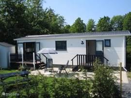 Chalet Picobello (2005) bevindt zich in het MOOIE HART VAN ZEELAND, op camping Stelleplas. Een prima vakantieplek voor jong en oud(er).