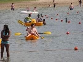 Recreatieplas 't Hilgelo daar kun je Kano's en waterfietsen huren meerdere speeltuinen en een restaurant.
