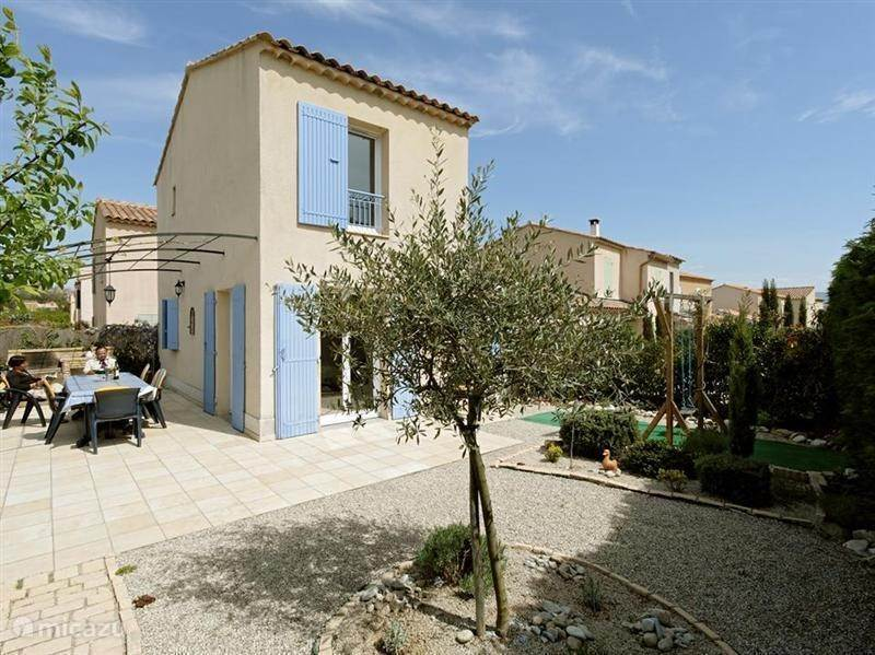 Vacation rental France, Provence, Vaison-la-Romaine holiday house Clos du Quenin 4