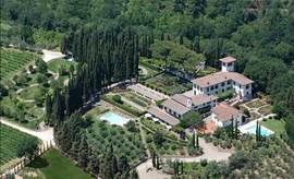 luchtfoto van het landgoed.