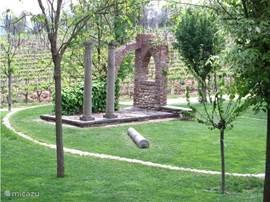 Ruine in het Parco Romantico.