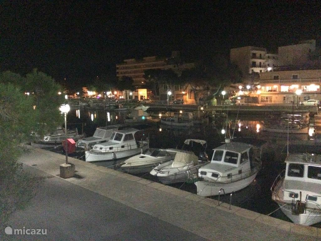 Gezellige haventje in PortoPetro, achter het appartement!