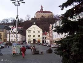 Nachod kasteel op de berg