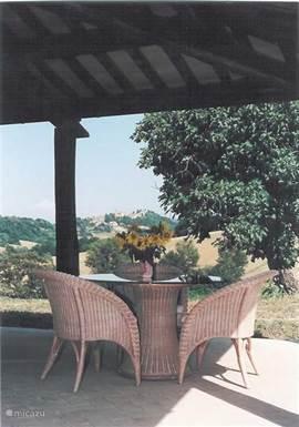 terras met uitzicht op Proceno