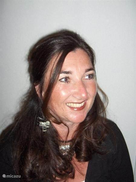 Babette  Herber